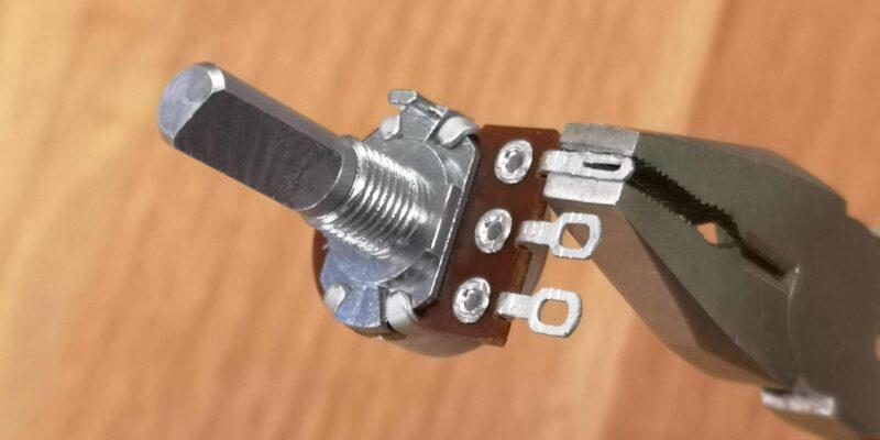 Poti mit gequetschter Anschlusszunge