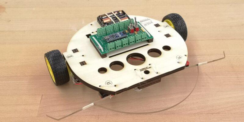 Produktbild Arduino Roboter mit Chassis
